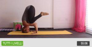 Yoga scopri tutti i segreti delle posizioni invertite e mettile